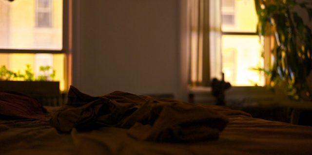 L'insomnie. Le jour se lève. Nuit sans sommeil.